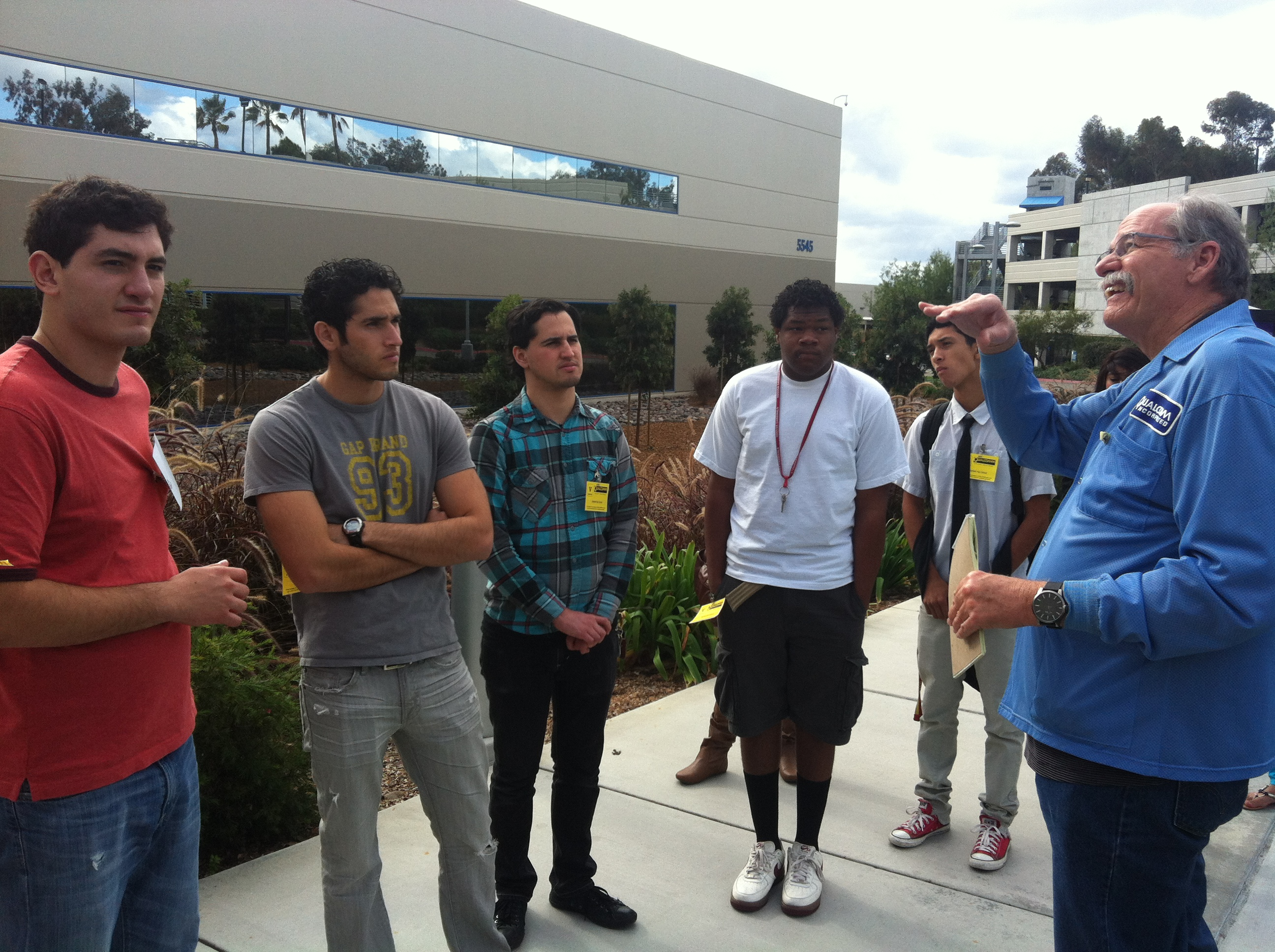 SHPE San Diego Professional Chapter  SDCC Hosts Garfield HS For Qualcomm Tour